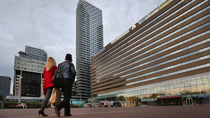 Het KJ-plein voor Den Haag Centraal gaat op de schop.