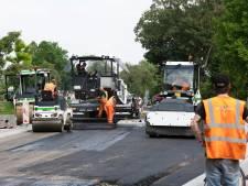 Drukke Broekdijk bijna af: nieuw asfalt en gescheiden fietspaden