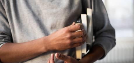 Bijbaan kwijt, studievertraging en kosten: 'Elke maand lastig om mijn studie te betalen'