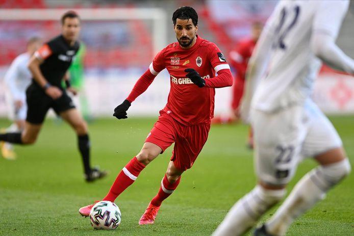 Lior Refaelov tijdens de vorige confrontatie tussen Antwerp en Anderlecht. De Antwerpse Gouden Schoen zal er dit weekend dus niet bij zijn tegen zijn toekomstige club.