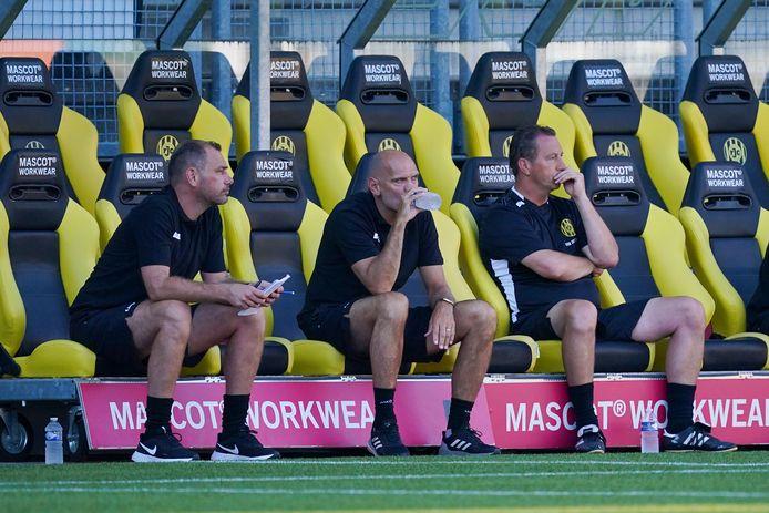 Roda-coach Jurgen Streppel (midden).