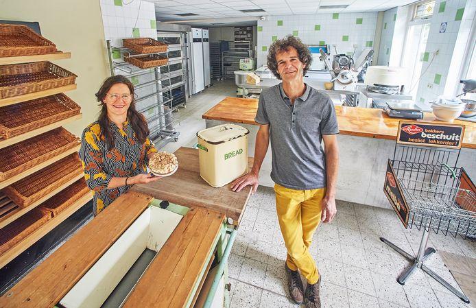 Stefan van Mook en zijn vrouw Dianne blazen hun oude bakkerij in Maren Kessel nieuw leven in.