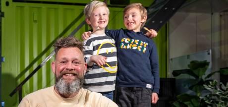 Poetsen beu? Peter bedacht dé oplossing voor kinderen (en gefrustreerde ouders): tandpasta-tabletten