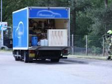 Vrachtwagentje aan de kant gezet langs A12 bij Arnhem, spullen voor drugslab in lading
