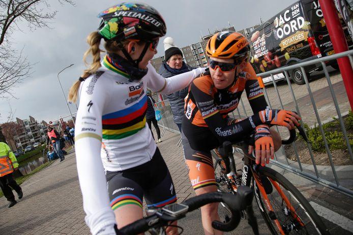Anna Van der Breggen en Jolien D'Hoore