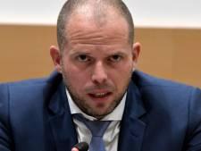 """Francken sur la limite des demandes d'asile: """"C'est ma décision et je m'y tiens"""""""
