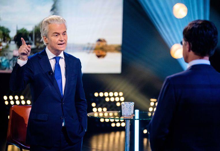 Geert Wilders en Mark Rutte donderdagavond in debat op NPO1.  Beeld EPA - Bart Maat