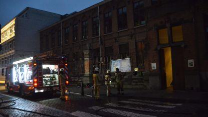 """Lerarenkamer De Zonnebloem verwoest door brand: """"Gelukkig geen invloed op lessen"""""""
