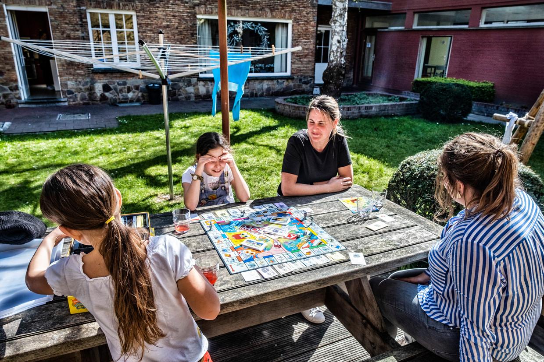 Normaal verblijven in 't Laar enkel tienerjongens, maar sinds kort kunnen ook jonge meisjes uit moeilijke gezinsachtergronden er terecht.  Beeld Tim Dirven