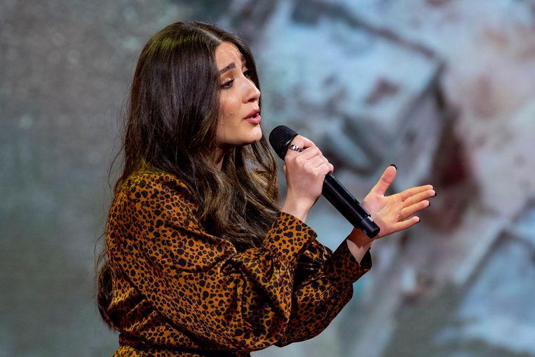 'The Voice'-zangeres Hanin (18) vreest land uitgezet te worden: