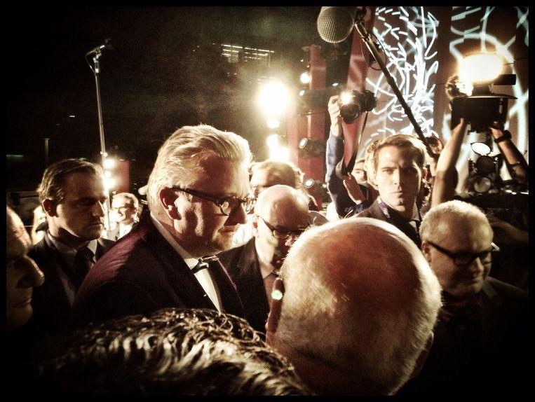 Het is een blaaskaak in een paars jasje: prins Laurent. Tumult op de rode loper! Beeld Tim F. Van der Mensbrugghe.