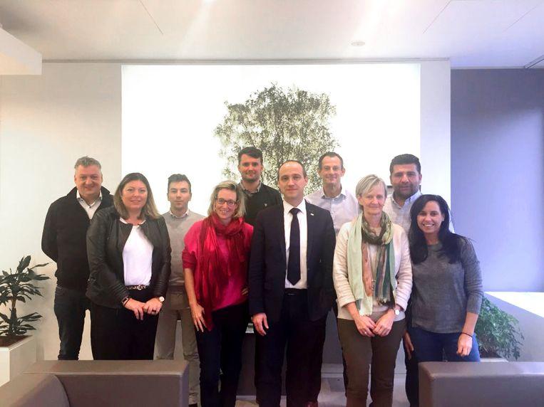 Burgemeester Wim Dries stelt bestuursploeg van CD&V voor, een mix van ervaring en verjonging.