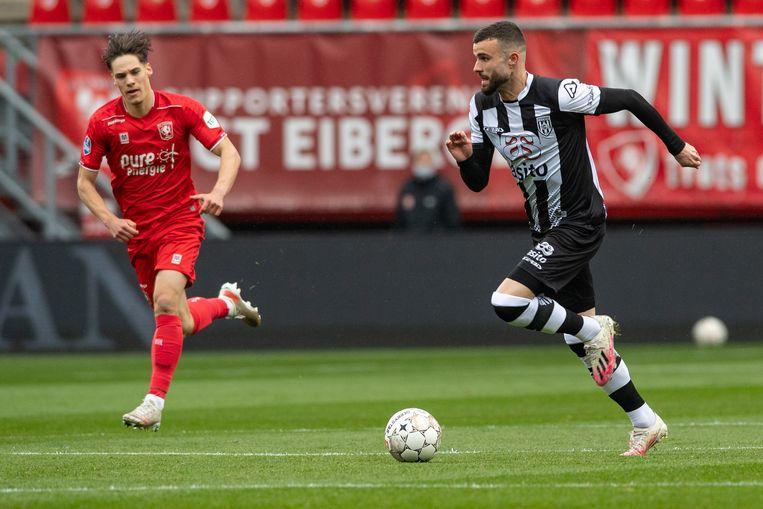 Rai Vloet is in een vrije rol goud waard voor Heracles Almelo dit seizoen. Beeld Pro Shots / Ron Jonker
