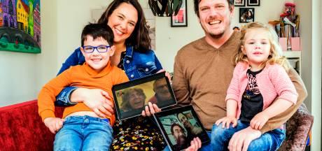 Nog nooit je kleinzoon in het echt gezien en geknuffeld: hoe corona families al een jaar scheidt