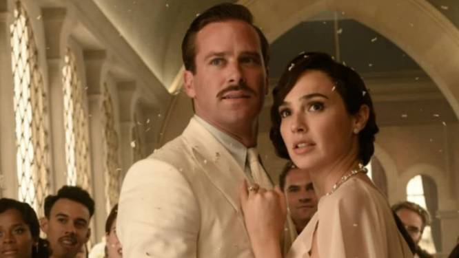Disney stelt Armie Hammer-film uit wegens kannibalismeschandaal