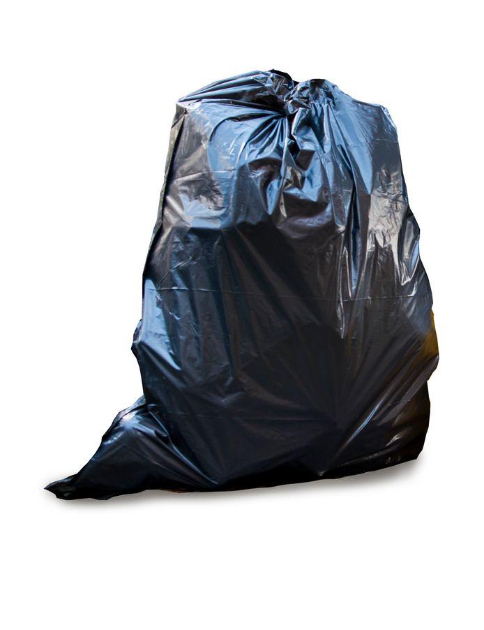 Steeds vaker worden afvalzakken naast ondergrondse containers geplaatst en wordt er niet voor een lediging betaald.