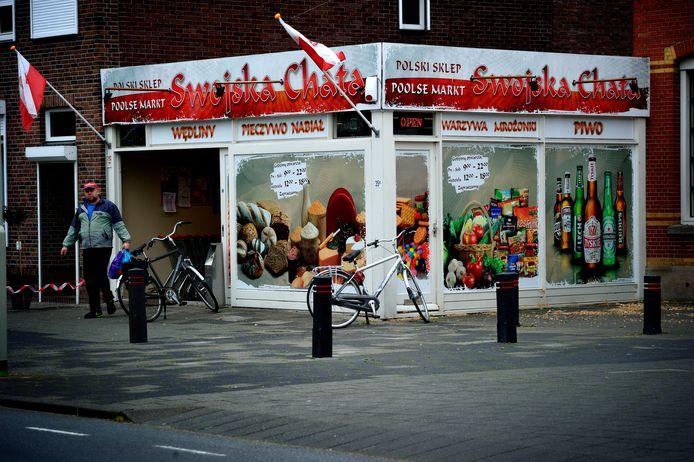 Met deze Poolse winkel begon de ellende al bijna zes jaar geleden aan de Gastelseweg in Roosendaal. Nu zit de supermarkt een paar deuren verder.