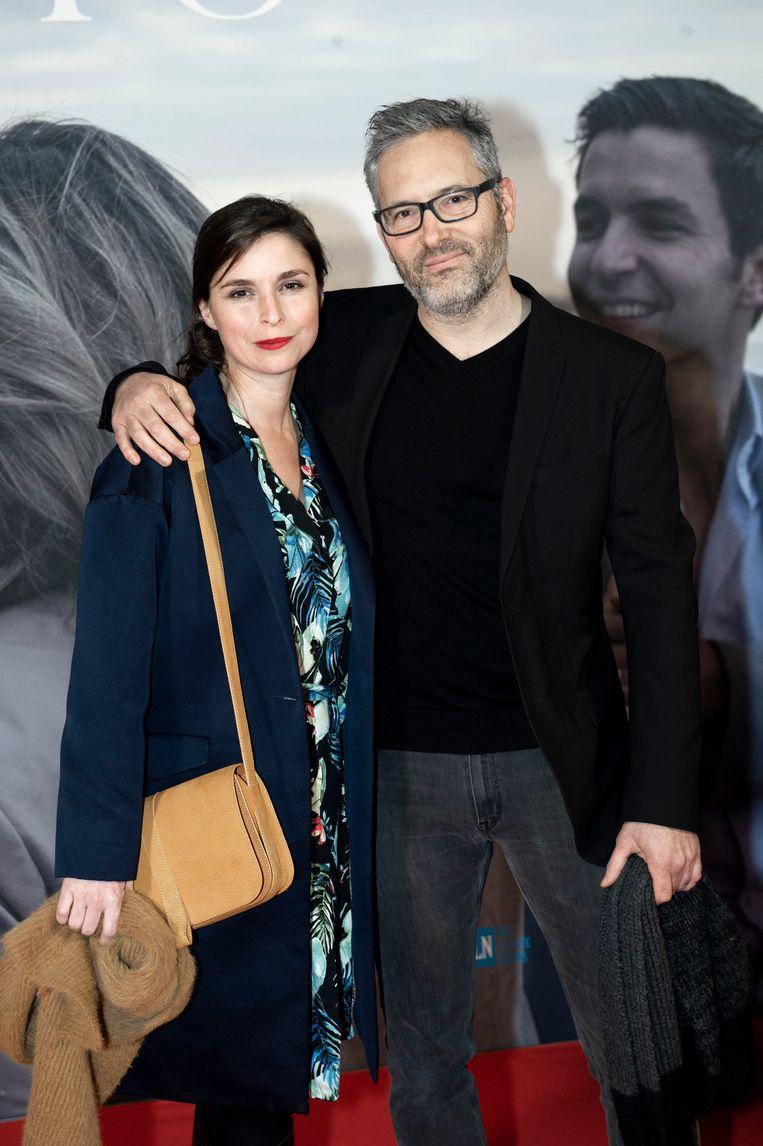 Hans Herbots op de rode loper met zijn vrouw Lien Van De Kelder