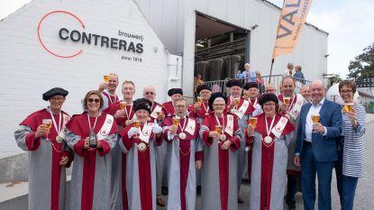 Confrérie schenkt opbrengst brouwerijfeest aan Volkstuintjes Vurste en Trias-Conpapa