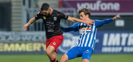 Jonge De Rooij blijft nuchter na glansrol bij verliezend FC Eindhoven: 'Ik baal vooral'