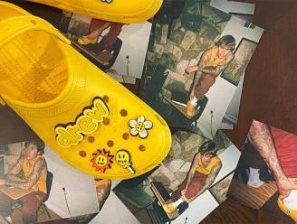 Justin Bieber brengt eigen Crocs uit, mét bijhorende accessoires
