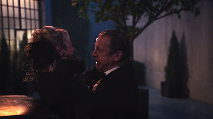 De ruzie tussen Mark en Dorine loopt uit de hand in 'Lisa'.