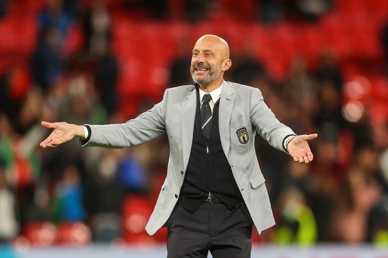 Gianluca Vialli, manager van de Italiaanse ploeg, is net hersteld van alvleesklierkanker. Hij kan zondag revanche nemen op de finale die hij zelf ooit op Wembley verloor: met Sampdoria tegen het Barcelona van Johan Cruijff in de Europa Cup 1.  Beeld AP