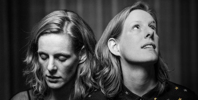 Judith (links) en Tineke Steenbrink van Holland Baroque. Foto Wouter Jansen