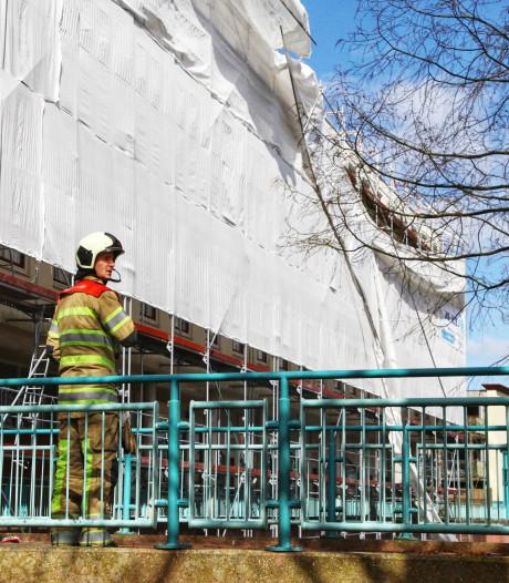 Steiger langs appartementencomplex aan Hof der Gedachten deels ingestort