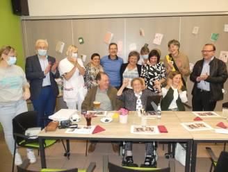 Valentine Roos viert honderdste verjaardag met haar kinderen