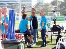 PSV onder toeziend oog van recordinternational Wesley Sneijder van start in Qatar