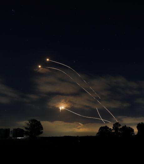 Israëlische troepen bestoken doelen in Gazastrook, raketten afgeschoten vanuit Libanon