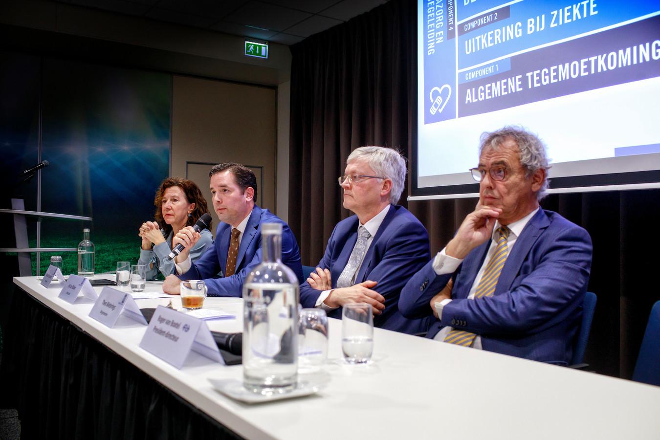 De gemeente Tilburg en de NS kwamen op 6 februari met een financiële regeling voor slachtoffers van het chroom-6-drama. Bijna twee weken later zou de gemeenteraad daarmee instemmen, ondanks het feit dat gedupeerden zélf om hogere vergoedingen vroegen.