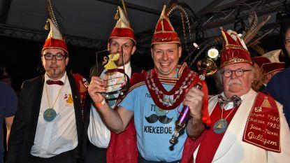 Davy Himpe is in een bomvolle tent verkozen tot 48ste Prins Carnaval van Gullegem