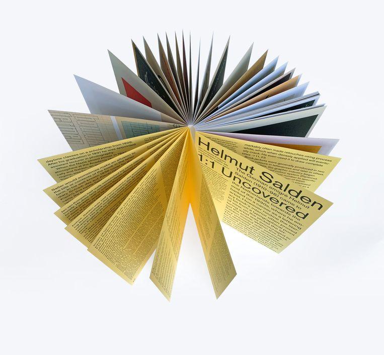Helmut Salden Uncovered 1:1, door de speciale bindtechniek vallen de pagina's moeiteloos open. Beeld Karen Polder