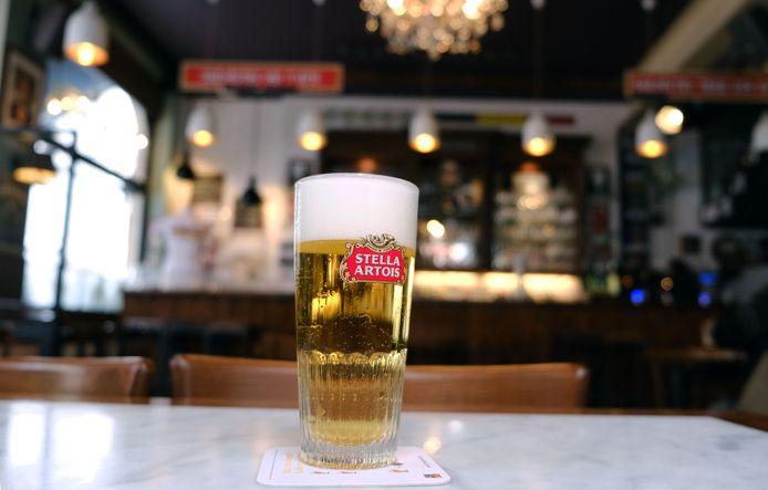 Pintje bier. Stella Artois