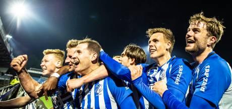Zeldzaam beeld na winnende goal van Sleegers voor FC Eindhoven: 'Fans hebben dit gemist, net als ik'