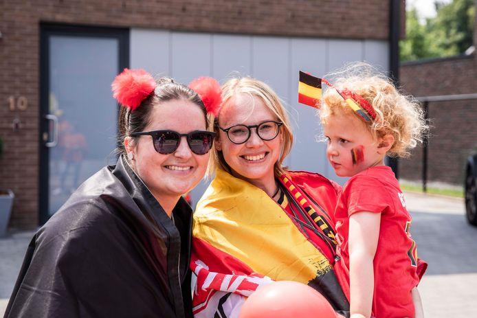 Buurtbewoners Deborah Lindekens (links) en Ruth Wouters (rechts).
