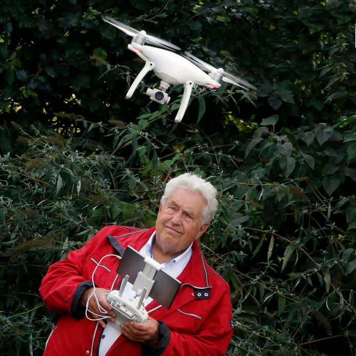 Cor de Kock met zijn drone.