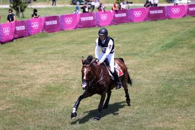 Le cheval du cavalier suisse Robin Godel euthanasié après une grave blessure