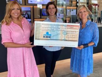 Caroline Rigo schenkt 7.500 euro aan slachtoffers watersnood