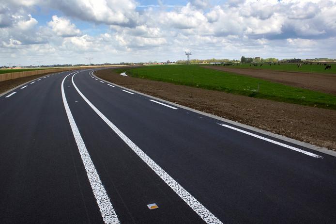 De Maas en Waalweg wordt enkele nachten een drukke omleidingsroute, als de A15 bij Ochten op slot gaat.