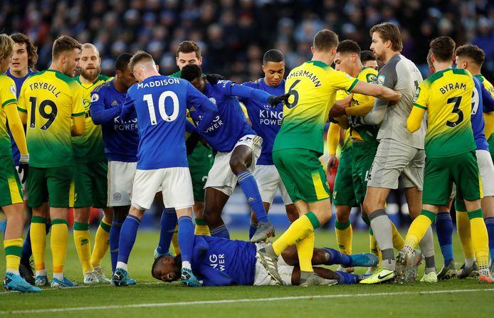 Tim Krul en Norwich maken zich boos om een actie van Kelechi Iheanacho.