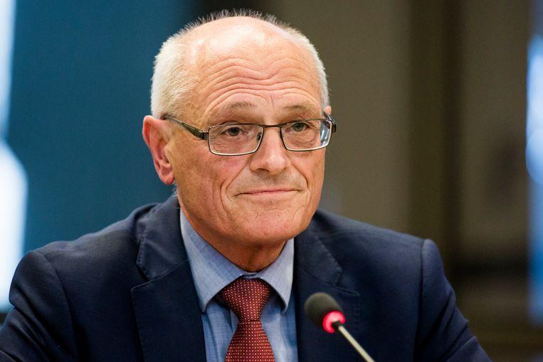 Gerard Sanderink tijdens een overleg met Tweede Kamerleden. Beeld Freek van den Bergh / de Volkskrant