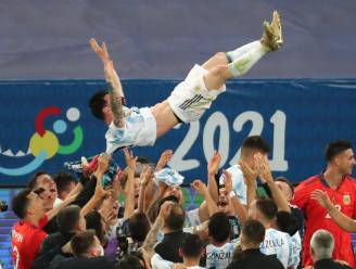 """Messi weet met geluk geen blijf na langverwachte prijs: """"Heb hier vaak over gedroomd"""""""
