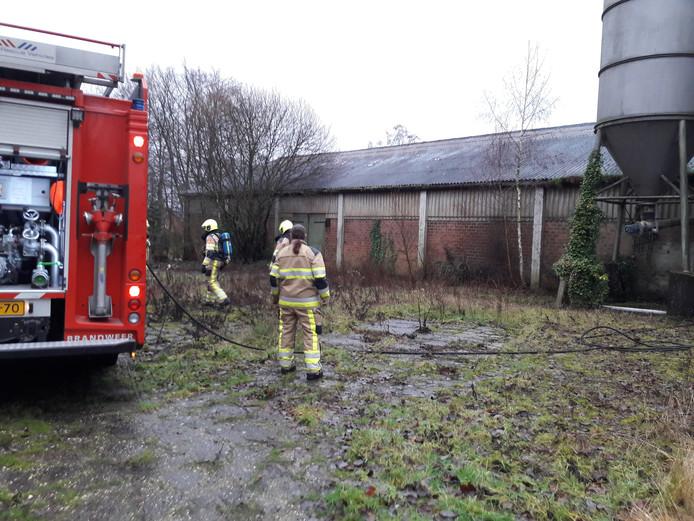 Door een brandende pallet ontstond er veel rookontwikkeling in een schuur in Groesbeek.