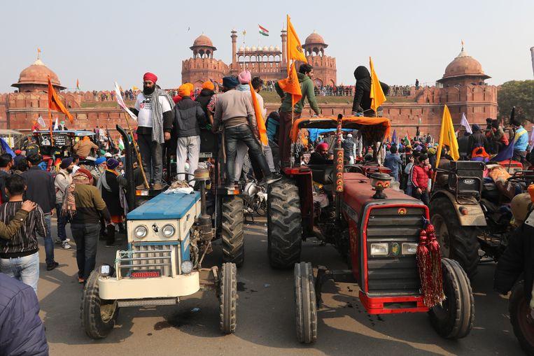 Indiase boeren bij het Rode Fort in Delhi. Beeld EPA