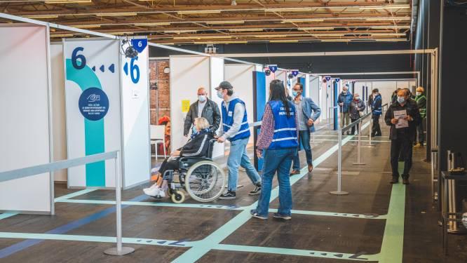 Flanders Expo verdiende 250.000 euro aan vaccinatiecentrum, 2.000 Gentenaars werkten er mee
