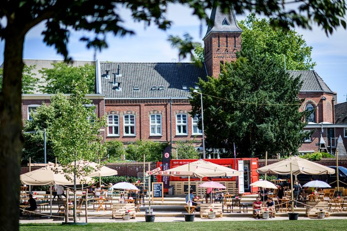 Bierbrouwerij Stanislaus komt ook deze zomer weer met een Sjikkertuin op het Wilminkplein. Maar er is meer mogelijk voor pop-up horeca.