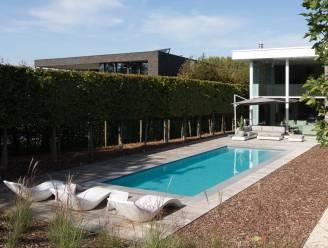 Een zwembad plaatsen en onderhouden: hou rekening met deze kosten